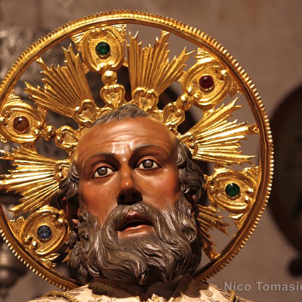 Bari Ncc - Statua di San Nicola