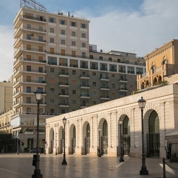 Bari Ncc - Piazza Ferrarese