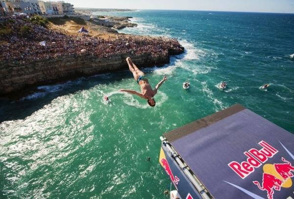 Redbull Cliff Diving Polignano a mare