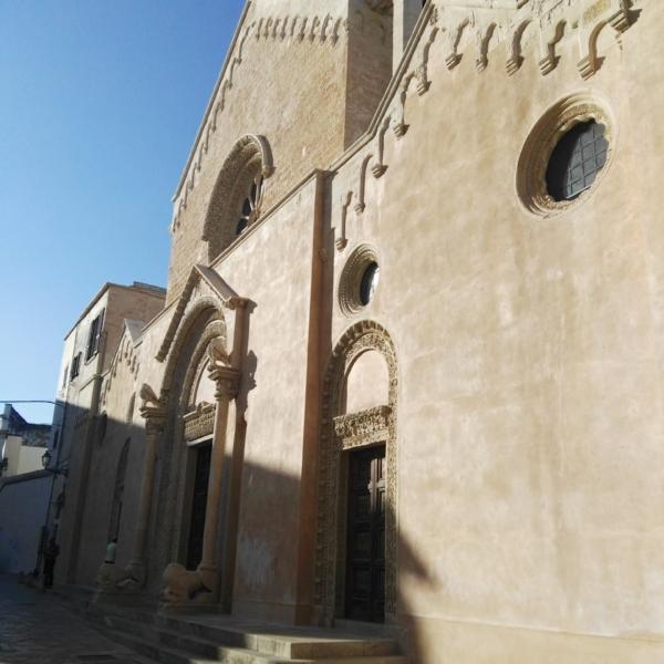 Chiesa di Cisternino Br-taxi privato
