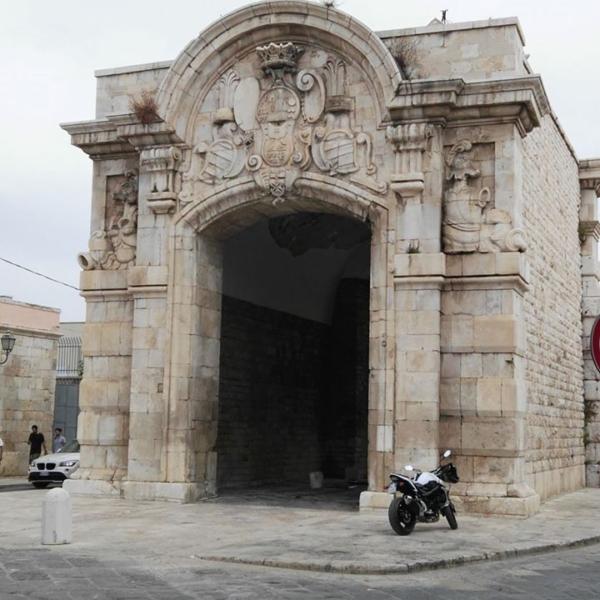 Porta Marina - Barletta -BARI NCC